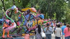 Parade of the Alebrijes 24 October 2015 (2) (Carl Campbell) Tags: mexicocity ciudaddeméxico parade desfile alebrije