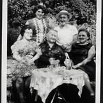 Archiv S173 Mutters 89. Geburtstag, 25. Juli 1966 thumbnail