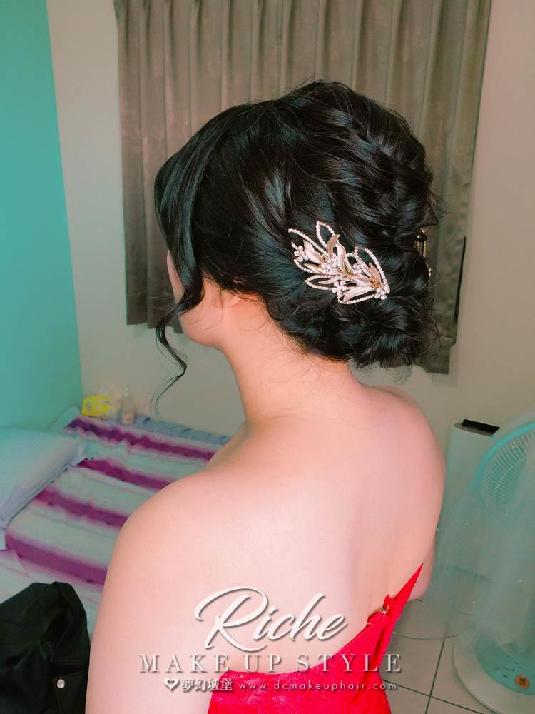 【新秘RICHE】bride瓊誼 訂婚造型 / 台中自宅