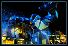 Le Monstre / The Monster (Xavier Veilhan's sculpture) - Tours (christian_lemale) Tags: tours nuit night illuminations touraine france nikon d7100