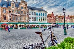 Bistro Row at the Main Plaza. Brugge, Belgium (mtm2935) Tags: streets cobblestones sky restaurants tourists mainplaza mainsquare plaza square palacio palace buildings brugge vlaanderen belgium