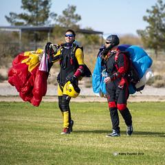 Joyful landing 7702 (kathypaynter.com) Tags: eloy eloyarizona eloyaz arizona az parachute parachutes jump jumper jumpers tandem tandemjump
