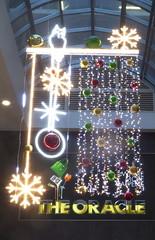 P1000700 The Oracle some of the Christmas lights 2018 (PeaTJay) Tags: panasonic lumixtz60 leica england uk gb royalberkshire reading theoracle christmaslights