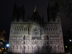 Nidaros Cathedral by night (guillaumebour) Tags: night nightshot trondheim nidaros cathedral ntnu winter norway