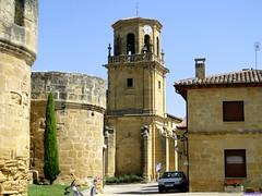 Sajazarra (santiagolopezpastor) Tags: espagne españa spain castilla rioja larioja medieval middleages castle castillo chateaux iglesia church tower torre