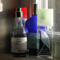 Perfume and Cologne 11142018 (Orange Barn) Tags: perfume cologne strongsmelling 118picturesin2018 bottles scent