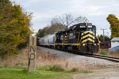 IN 2230 @ Ray, MI (Michael Polk) Tags: indiana northeastern emd gp30 2230 freight train michigan state line marker ind ohio