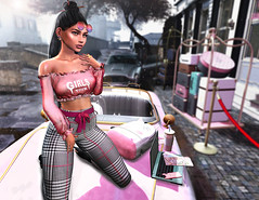 girls tour (UGLLYDUCKLING Resident) Tags: secondlife sl avatar avi girl brunette virtual world street city car ugllyduckling blogger fashion style retro hotel trip tour pink light maitreya catwa ootd kuni mila frais scandalize rhude imitation access equal10 vanityevent moncada