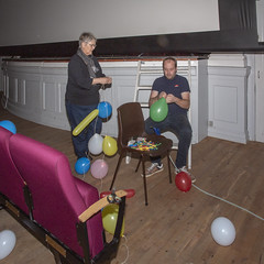 01 Der pustes balloner (Hobro Børne- og Ungdomsfilmklub) Tags: hobro børne og ungdomsfilmklub filmklub jubilæum fest
