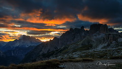 Sunset between Monte Rudo and Torre dei Scarperi (moritzgyssler) Tags: torredeiscarperi dolomites landscape rautkofel dreizinnen cadinidimisurina schwabenalpenkopf 3cime monterudo