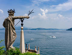 statue view (Rourkeor) Tags: 35mmzeisssonnartlens 35mm borromeopalace eu isolabella italy lakemaggiore piedmont sonnart sony stresa boats carlzeiss fullframe statue sonyflickraward