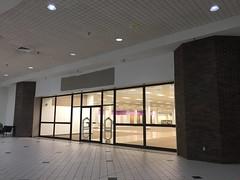 Sears mall entrance (closed) (RetailByRyan95) Tags: sears abandoned closed dead empty former old vacant newportnews va virginia