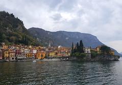 Lago Como, Italy (Daniel Kliza) Tags: italy italia wlochy milan milano mediolan venice venezia wenecja mask carnaval canal gondola gondolier pizza europe trip travel eurotrip piazza