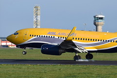 F-GZTS Boeing 737-73V ASL Airlines France (eigjb) Tags: dublin airport eidw ireland collinstown international jet airliner transport plane spotting aviation aircraft airplane aeroplane 2019 fgzts boeing 73773v asl airlines france tyre smoke b737 737 landing french match rugby charter