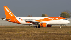 Airbus A320-214 OE-IZB easyJet Europe (William Musculus) Tags: airport spotting aviation plane airplane oeizb easyjet europe airbus a320214 basel mulhouse freiburg bsl mlh eap euroairport lfsb u2 ezy eju a320200