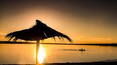 Atardecer en el Mar 3 (Martin Antolin PH) Tags: paisaje landscape sunset sunrise atardecer contraste highcontrast altocontraste contraluz color sky pink orange