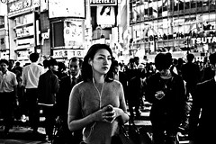Moment of Seclusion (Victor Borst) Tags: street streetphotography streetlife reallife real realpeople asia asian asians fa faces face candid travel travelling trip traveling urban urbanroots urbanjungle blackandwhite bw mono monotone fuji fu fujifilm expression sexy hot female lady woman girl monochrome japan japanese tokyo shibuyacrossing taxi city cityscape citylife