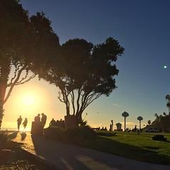Laguna Sunset (hinxlinx) Tags: laguna sunset sunlight silhouette beach socal southern california