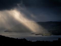 Godbeams on Windermere (superdaft) Tags: uk lake district cumbria wainwright fairfield low pike lakes sun beams water hills