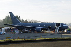Line KC-46 (planephotoman) Tags: boeing 767 762 767200 767200er 7672c kc46 kc46a pegasus 1746038 76038 6038 boe038 vh038 ln1158 cn41985 usaf babyboeing testflight snohomishcountyairport painefield pae kpae