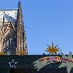 Der Weihnachtsmarkt am Kölner Dom thumbnail