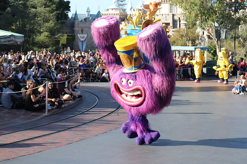 """Art from Monsters University - Pixar Play Parade Disneyland • <a style=""""font-size:0.8em;"""" href=""""http://www.flickr.com/photos/28558260@N04/32171118188/"""" target=""""_blank"""">View on Flickr</a>"""