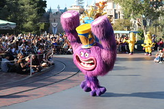 "Art from Monsters University - Pixar Play Parade Disneyland • <a style=""font-size:0.8em;"" href=""http://www.flickr.com/photos/28558260@N04/32171118188/"" target=""_blank"">View on Flickr</a>"