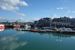 Padstow Harbour (*Tom68*) Tags: england cornwall padstow wolken clouds outdoor europa europe greatbritain grosbritannien wharf boats harbour hafen boot boote