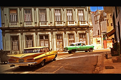 La Habana street scene (Harry Szpilmann) Tags: lahabana classic vintage car yellow streetphotography people cuba