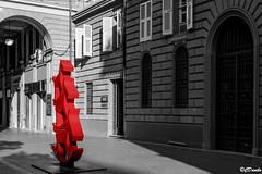 Via Chiodo La fondazioni Cassa di Risparmio (danilocolombo69) Tags: istallazione portici edificio fondazione palazzostorico danilocolombo danilocolombo69 nikonclubit