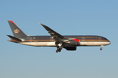 JY-BAH Boeing 787 Royal Jordanian (eigjb) Tags: london heathrow airport international egll lhr jet airliner aviation aircraft airplane plane spotting aeroplane 2018 transport jybah boeing 787 royal jordanian airlines dreamliner b787 7878