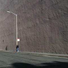 Time Stands Still (Robert Saucier) Tags: sanfrancisco sfo mur wall poteau personne people ombre shadow rue street sidewalk trottoir pavement homme man gris grey img5683 oblique diagonale