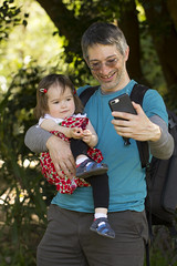 selfies with daddy (louisa_catlover) Tags: maranoa maranoagardens garden park nature outdoor afternoon spring november balwyn melbourne victoria australia canon 60d 100mm macrolens portrait family child toddler daughter tabitha tabby husband father karl