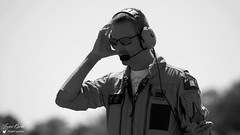 Pilote Rafale Solo Display (Laurent Quérité) Tags: canonfrance canoneos5dmarkii canonef100400mmf4556lisusm blackwhite noirblanc portrait pilote arméedelair marty rsd4 frenchairforce etr34aquitaine rafalesolodisplay aérotorshow valencechabeuil france