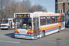 430 - 400 DCD (Solenteer) Tags: sussexcoastlinebuses stagecoachcoastlinebuses 430 400dcd dennis dart plaxton pointer havant gm7642 n977rcd