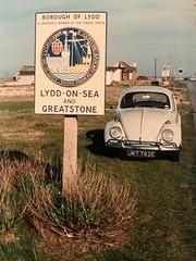 (SRDemus) Tags: volkswagen fontanagrey kent greatstone dungeness lyddonsea 1967 1500 beetle vw jkt782e