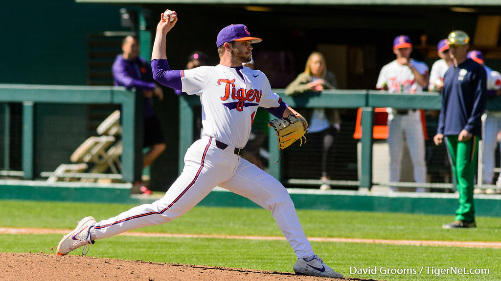 Clemson Photos: Owen  Griffith, 2019, Baseball, notredame