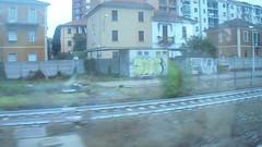 765 (en-ri) Tags: tois nero giallo video throwup rupe pms crew train alessandria graffiti writing wall muro