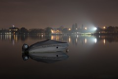 France - Annecy - nocturne - Lac (Jean-Philippe Le Royer) Tags: annecy landscape canong1x lake longexposure canon lac slowshutter annecylake