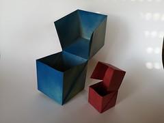 Scatola cubo - Federico Scalambra. (Stefano Borroni (Stia)) Tags: origami origamipaper origamicdo origamilove origamiart piegarelacarta arte folding foldingpaper papiroflexia carta scatola cubo origamicdo2018 favoledicarta box caja skatolo doos caixa scalambra