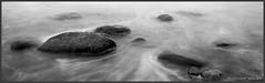 Steine (Schnitzel_bank) Tags: nonnevitz blackandwhitephotography bw monochrom schwarzweiss stilleben steine stones wasser water meer seascape waterscape langzeitbelichtung longexposure ostsee balticsea