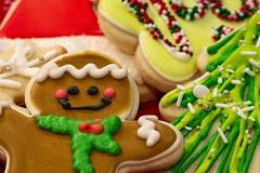 Merry Christmas! (amarilloladi) Tags: baking yummy dessert frosting gingerbreadcookies gingerbreadman food bakedfoods sugarcookies frostedcookies cookies christmascookies happynewyear merrychristmas christmas macro