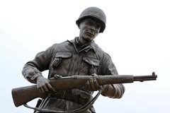 103rd Infantry Division WW II Memorial (Piedmont Fossil) Tags: texas worldwarii wwii memorial bronze statue infantryman infantry soldier