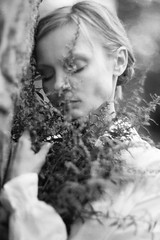 (Alina Mayboroda) Tags: unspoken unexpressed unconscious silence autumn wings landing hover heaven life fall song air