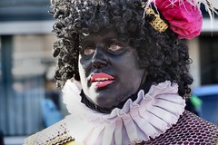 Zwarte Piet (Gerard Stolk (sur le chemin de Noël)) Tags: thehague denhaag lahaye haag zwartepiet intocht sintnicolaas