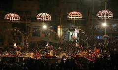 Rituals at the Ganges (Iam Marjon Bleeker) Tags: india varanasi benares ganges holyriver holyplace rituals sevanidh manmandirghat touristattractions dag15md0c9820g3