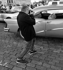 IMG_0019 (www.ilkkajukarainen.fi) Tags: blackandwhite mustavalkoinen monochrome car automobil jenkki rauta auto portrait helsinki visit travel travelling kauppa tori salutorget marketsquare suomi finland finlande happy life eu europa scandinavia summer kesä 2018