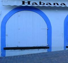 HABANA (Joan Biarnés) Tags: calelladepalafrugell baixempordà costabrava girona catalunya 285 panasonicfz1000 porta puerta