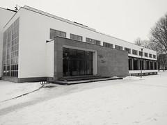 Alvar Aalto Library, Vyborg (Petri Juhana) Tags: alvaraalto library vyborg viipuri hasselbladtruezoom motomod travel city winter tourism bw