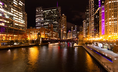 Chicago at Night 319 of 365 (Year 5) (bleedenm) Tags: chicago rivernight lightshow 2018merchandizemart fall october